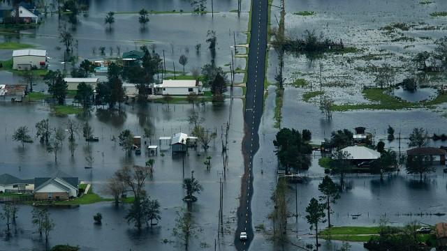 Photograph of a flood Texas residential street