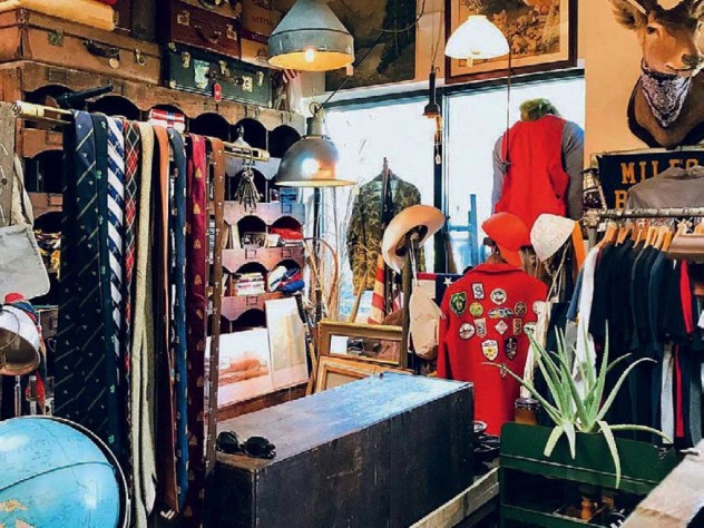 Vintage fashion and accessories at Blue Bandana Relic