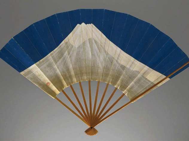 Photograph of Edo era fan depicting Mount Fuji and Mount Tsukuba on alternate sides